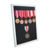 Ramka biała ekspozytor na 1-10 medali z 6 medalami atłas czarny