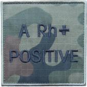 Grupa krwi ARh+ na mundur polowy wz. 2010 emblemat