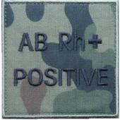 Grupa krwi ABRh+ na mundur polowy wz. 2010 emblemat